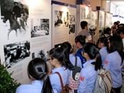 Exposition photographique sur le général Vo Nguyen Giap à Quang Binh