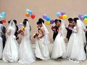 Mariage collectif pour 120 couples d'ouvriers