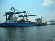 Le port ITC Phu Huu se dotera de puissantes grues