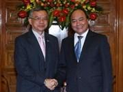 Le ministre laotien des Travaux publics et du Transport au Vietnam