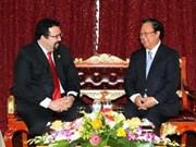 Un vice-ministre vénézuélien en visite au Vietnam