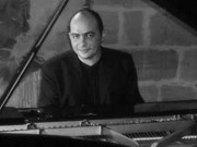 Un pianiste français en concert à Hanoi