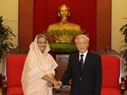 Des dirigeants vietnamiens reçoivent la Premier ministre du Bangladesh