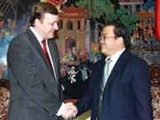 Le vice-PM Hoang Trung Hai reçoit un vice-ministre biélorusse des AE