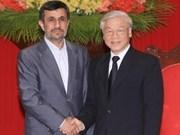 Dirigeants vietnamiens reçoivent le président iranien