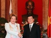 Des dirigeants vietnamiens reçoivent la présidente du Conseil de la Fédération de Russie
