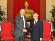 Des dirigeants vietnamiens reçoivent le Premier ministre d'Ukraine