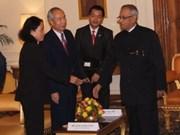 Une délégation du Front de la Patrie du Vietnam en Inde