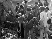 Hanoi rend hommage aux victimes des bombardements de 1972