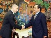 Hoang Trung Hai reçoit le ministre tchèque du Commerce et de l'Industrie