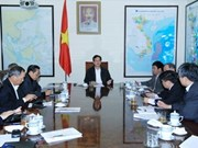 Le PM consulte des experts sur la situation socio-économique