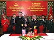 Renforcement des relations vietnamo-britanniques dans la défense