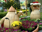 Ouverture de la fête des fleurs de l'avenue Nguyên Huê