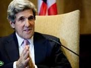Pham Binh Minh s'entretient par téléphone avec John Kerry