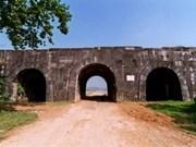 Découverte de boulets de canon en pierre dans la Citadelle des Hô
