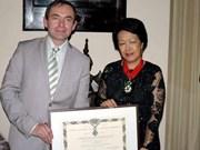 """Une Vietnamienne """"Commandeur"""" de la Légion d'Honneur"""