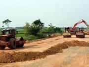 Pour un entretien durable des routes rurales au Vietnam