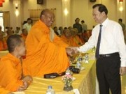 Le vice-PM Vu Van Ninh adresse ses félicitations aux Khmers