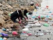 Le Vietnam vise à réduire 65% des sacs en plastique