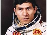 À la recherche du deuxième Vietnamien dans l'espace
