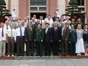 Des vétérans de l'ex-URSS en visite au Vietnam