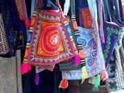 La papeterie artisanale perpétue la tradition H'mông