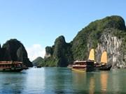Quang Ninh fixe le cap sur les services et le tourisme