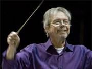 Un célèbre chef d'orchestre néerlandais à Hô Chi Minh-Ville