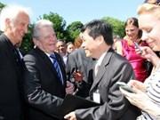 Un Vietnamien présent lors de la rencontre avec le président allemand