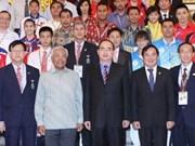 Jeux scolaires : Nguyen Thien Nhan rencontre des délégations sportives