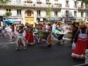 Le Vietnam participe au Carnaval tropical de Paris