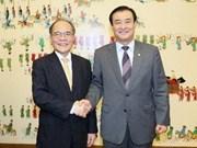 Entretien Nguyen Sinh Hung-Kang Chang-hee