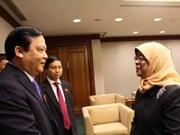 Vietnam et Singapour promeuvent leur coopération parlementaire