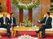 Le ministre français des AE reçu par des dirigeants vietnamiens