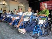 Remise de 550 fauteuils roulants aux handicapés