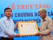 L'Ordre du Courage à titre posthume à Trân Huu Hiêp