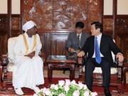 Le chef de l'Etat rencontre de nouveaux ambassadeurs
