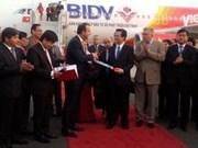 Airbus remet le premier avion A320 Sharklet à VietJetAir
