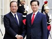 Le Vietnam affirme resserrer les relations avec la France