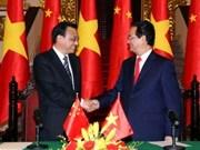 Entretien entre les Premiers ministres vietnamien et chinois
