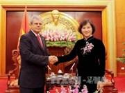 Le Vietnam approfondit ses relations avec Cuba