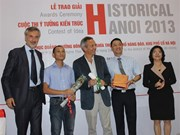 """Remise des prix du concours """"Historical Hanoi 2013"""""""