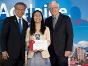 """Une Vietnamienne reçoit le titre d'""""Etudiant international"""" en Australie"""