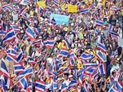 Thaïlande: les manifestants continuent de s'opposer à la PM