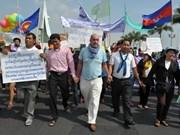 Cambodge: l'OIT appelle à la fin des grèves dans le secteur textile