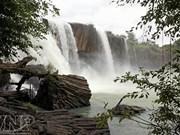 A la découverte de la cascade de Dray Nur