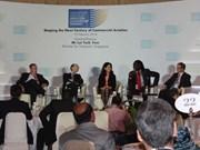 Le Vietnam au Sommet de l'aviation de Singapour