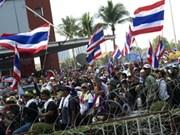 Thaïlande: la justice interdit l'usage de la force contre les manifestants