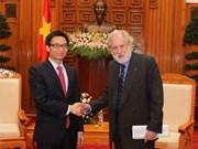 Le Vietnam souhaite des assistances britanniques dans l'éducation