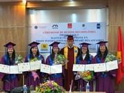 Quinze étudiants reçoivent des diplômes francophones en droit international